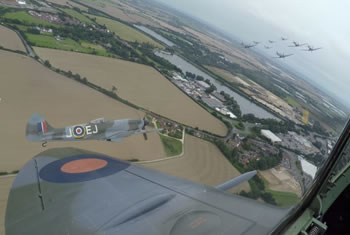 spitfire-wing-dan-greenway-minicam-robotic-cam